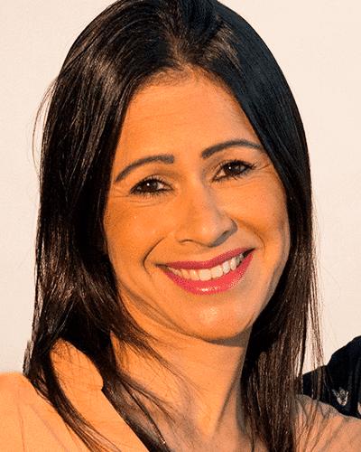 Sra. Flavia Queiroz