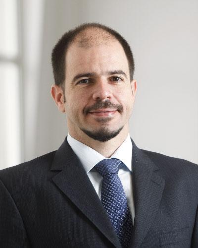 Dr. Caio Seixas Soares