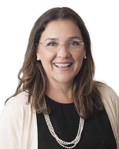Dr. Lais Perazo Nunes de Carvalho