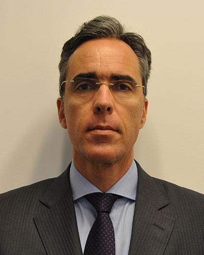 Dr. Roberto Vieira Botelho
