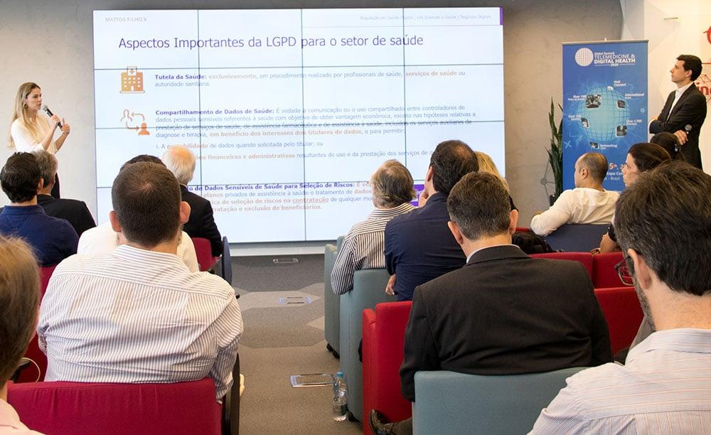 Advogados do escritório Mattos Filho participam de palestra do Global Summit