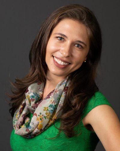 Tássia Chiarelli (Gerontologia e mestre em Gerontologia pela USP/EACH)
