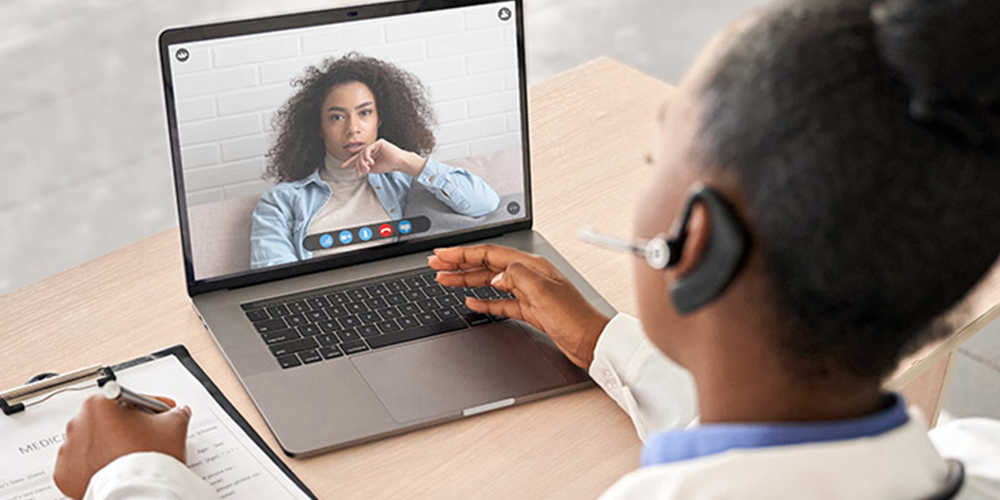 Warm Up debate os desafios e oportunidades da telemedicina para grandes populações